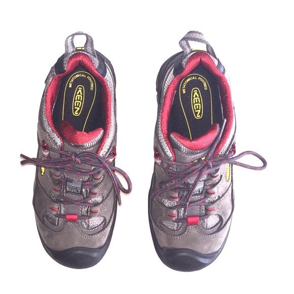9f253583de2 Women's Keen Durand Low WP Hiking Shoes